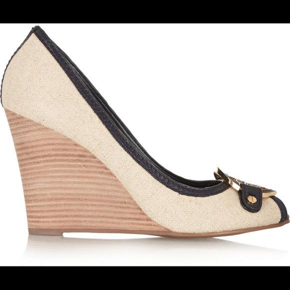 3cfc114a18a Tory Burch Shoes - Tory Burch Amanda Woven Canvas Wedge EUC Size 6